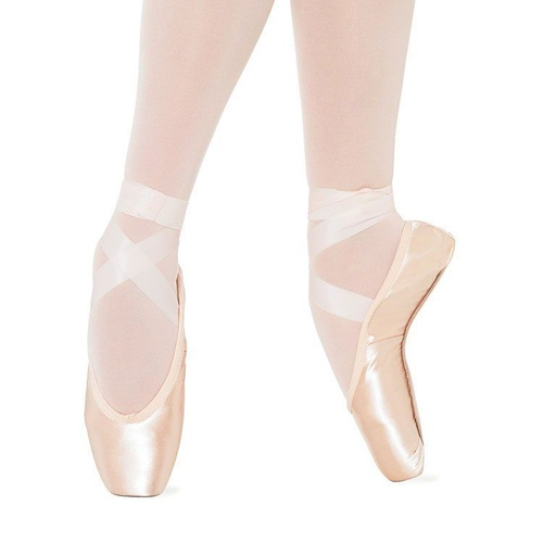 S0133 Bloch Sylphide Pointe Shoe